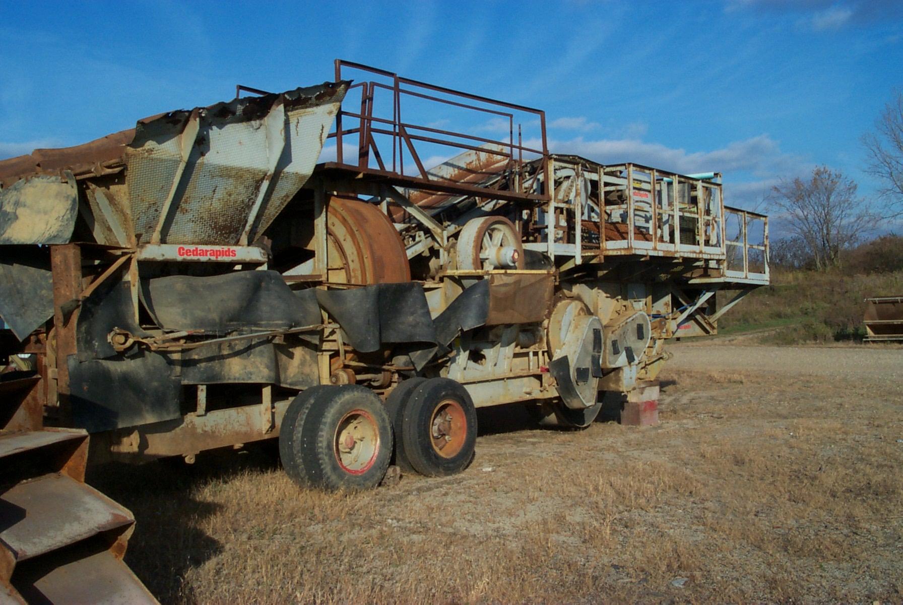 Cedar Rapids 422 Commander Tandem Plant Crushers
